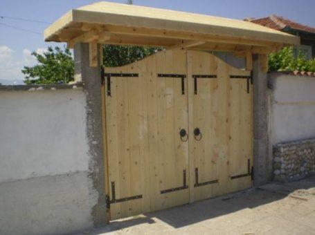 Дървени порти
